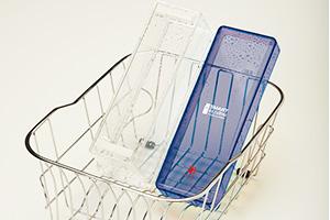 鰹節を楽しく削れるスマートな削り器:樹脂素材だから洗える